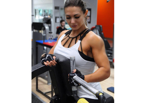 Фитнес тренер, инструктор в Москве. Занятия фитнесом. Бодифитнес, пауэрлифтинг, бодибилдинг